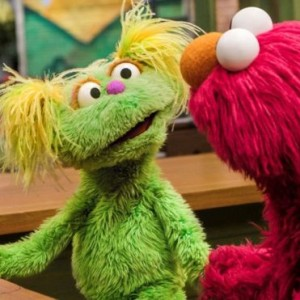 _109187556_ssic_parental_addiction_photo_credit_zach_hyman_sesame_workshop_hym4689_rgb