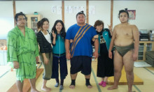 相撲部屋 入門してきました